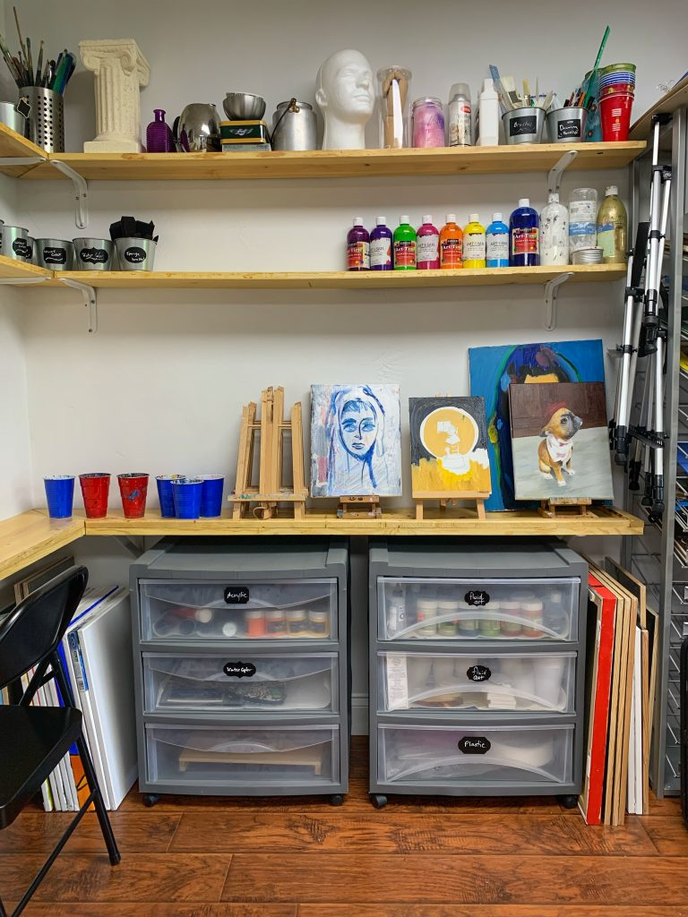 Art lessons for kids and adults in Vivo Art Studio Palm Coast, FL
